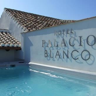 Hotel facilities, Luxury boutique hotel Velez Malaga ...